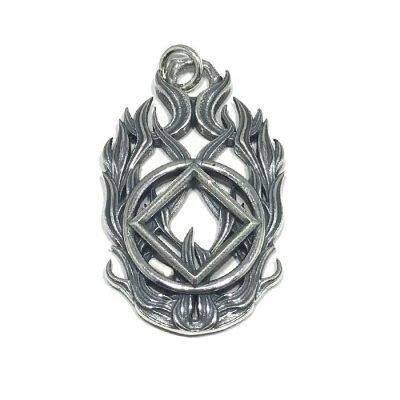 Symbol Flame Pendant – NA